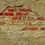 Выравнивание стен: гипсокартон или цементный раствор?