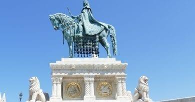 20 августа в Венгрии отмечают день Святого короля Иштвана І